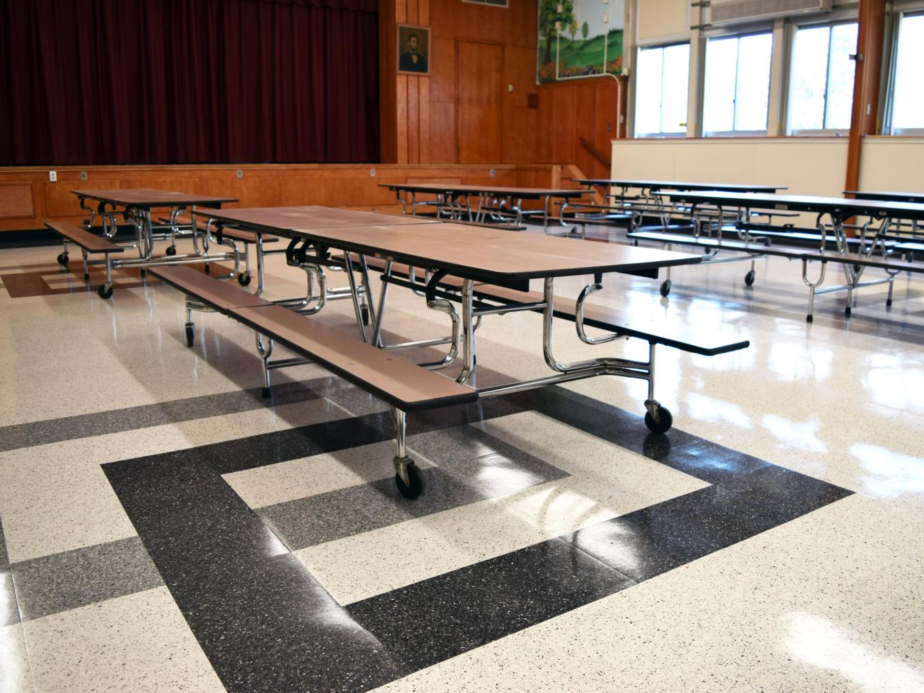 New Hyde Park Cafeteria Pic 3
